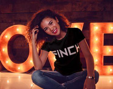 Finch XL Woman I